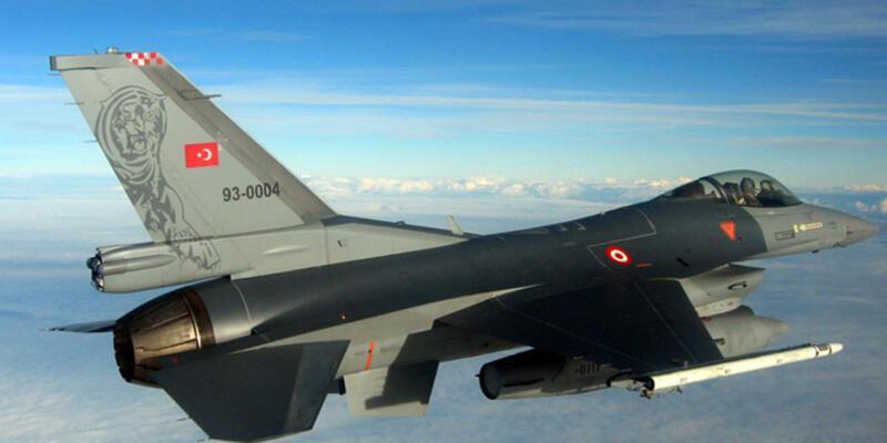 F16'larla Suriye sınırında devriye uçuşu