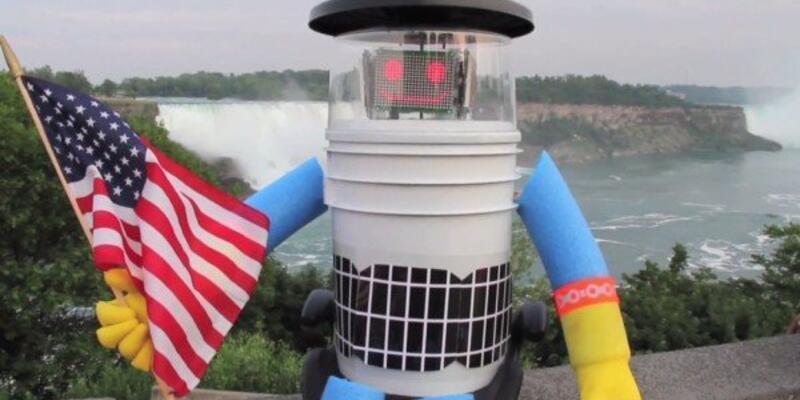 Otostop robotunun başına neler geldi?