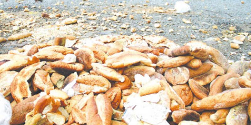 """""""1 yılda çöpe giden ekmek 1,4 milyon asgari ücrete bedel"""""""