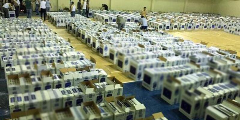 Durdurulan TIR'dan 687 bin paket kaçak sigara ele geçirildi