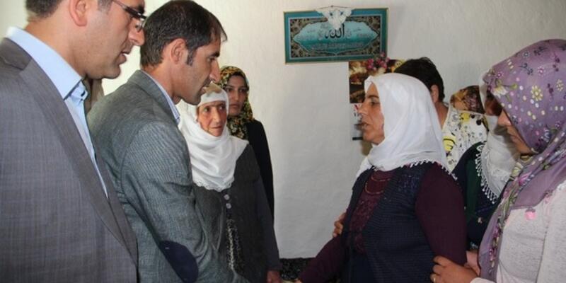 HDP'den şehit askerin ailesine ziyaret