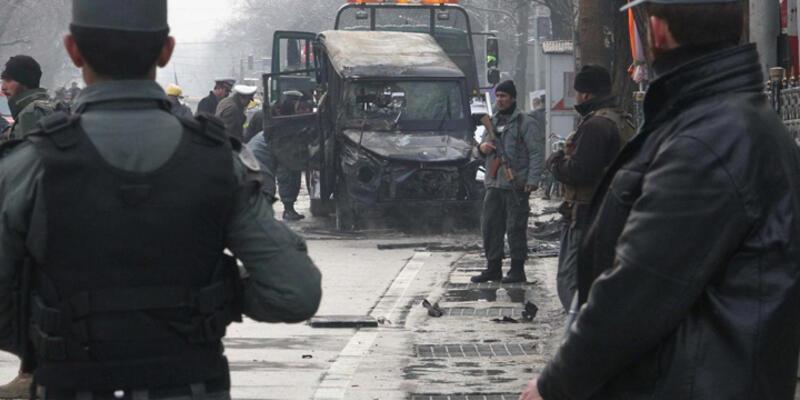 Afganistan'da bombalı saldırı: 8 ölü, 198 yaralı