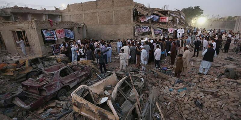 Afganistan'da intihar saldırısında 22 kişi öldü