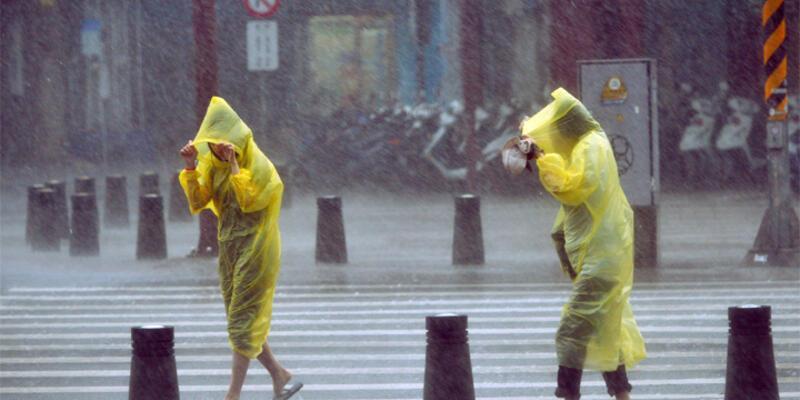 Çin'de Soudelor tayfunu