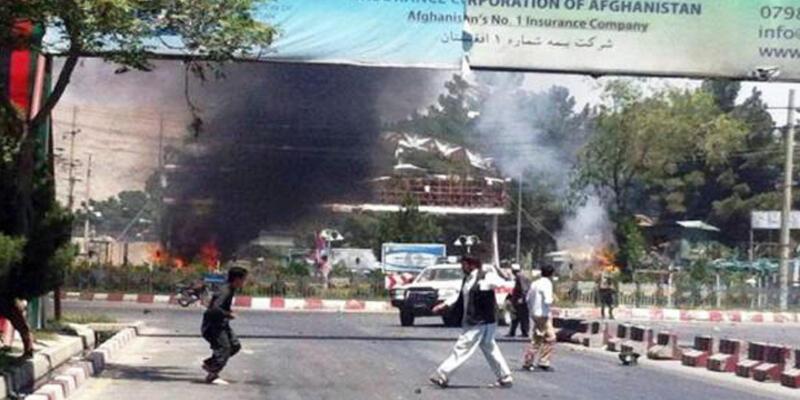 Kabil'de havaalanına bombalı saldırı: 5 ölü, 16 yaralı