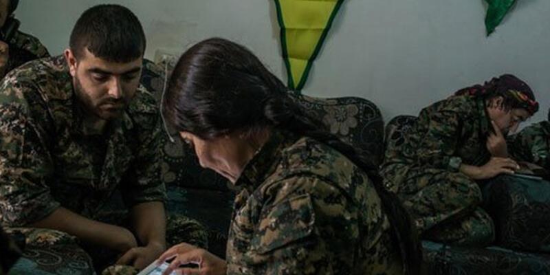 YPG gösteriyor, ABD vuruyor