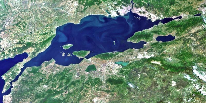 Marmara Denizi'nin dibinde donmuş metan gazı bulundu