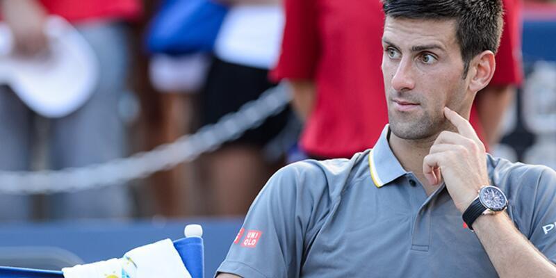 Djokovic kortta esrar kokusu aldı