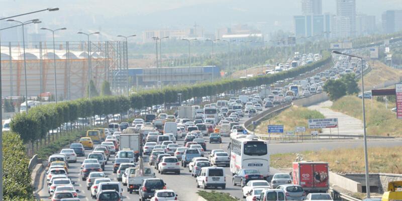 Ankara Bulvarı 13 saat sonra yeniden açıldı