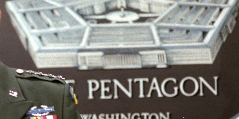 """Pentagon, """"rehin eğit-donat birliği bırakıldı"""" haberini doğrulamadı"""
