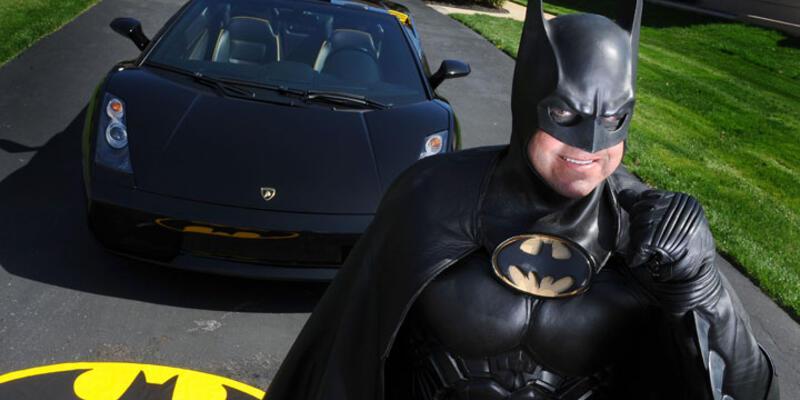 """""""Batman"""" trafik kazasında öldü"""