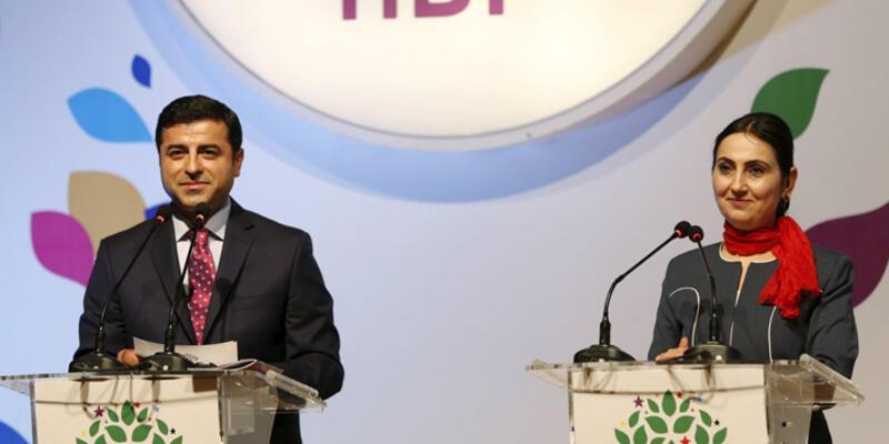 """Demirtaş ve Yüksekdağ hakkında """"Silahlı terör örgütüne üye olmak"""" suçlamasıyla fezleke"""