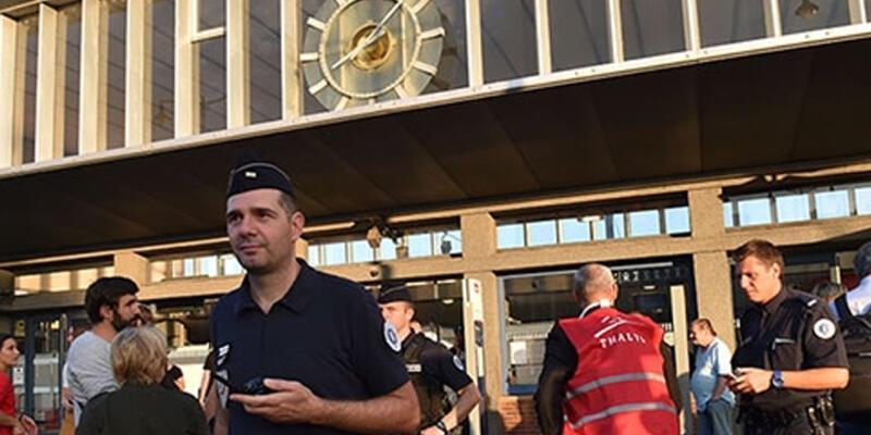 Paris treninde silahlı saldırı