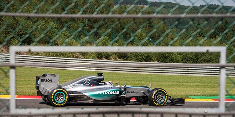 Belçika'da ilk cep Lewis Hamilton'ın