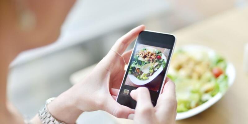 Google, yemekle ilgili ilginç bir özelliği devreye alıyor