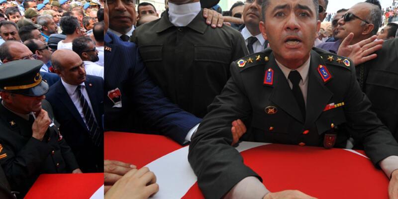 Şehit Yüzbaşı Alkan'ın cenazesinde Erdoğan'a hakaret ettiği iddia edilen 2 kişi tutuklandı