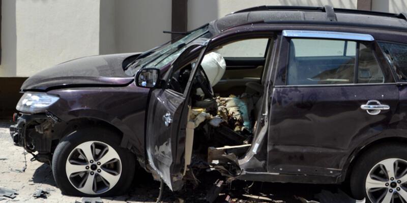 Hatay'da otomobilde patlama: ÖSO komutanı öldü