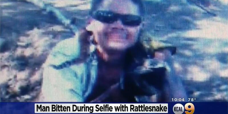 Çıngıraklı yılanla selfie öldürüyordu!