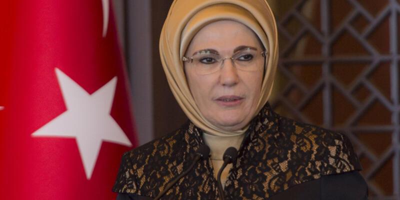 """Emine Erdoğan'dan şehit ailelerine: """"Sabır acı ama meyvesi tatlı"""""""