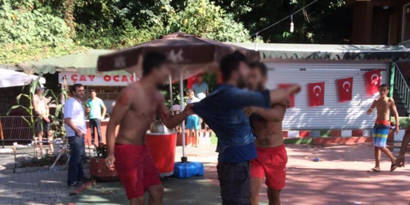 """Zonguldak'ta plajda """"külot"""" kavgası: 1 yaralı"""