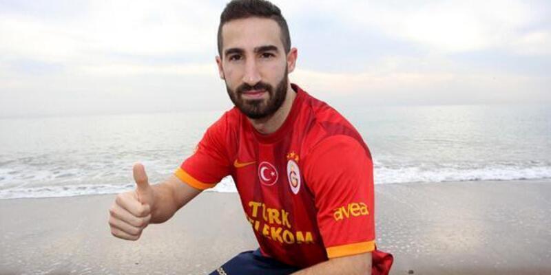 Galatasaray bir futbolcuyu daha gönderdi