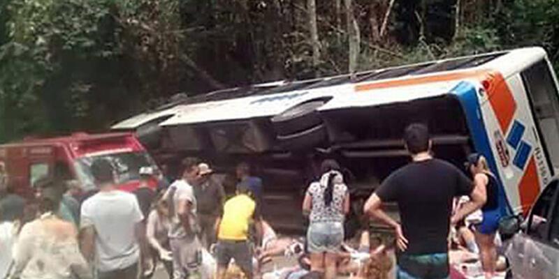 Brezilya'da katliam gibi kaza:15 ölü, 66 yaralı