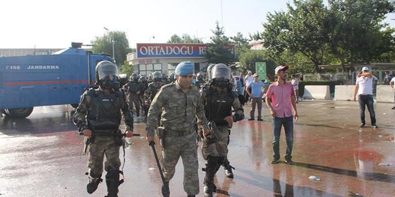 Polatlı'da yol kapatan ORS işçilerine müdahale