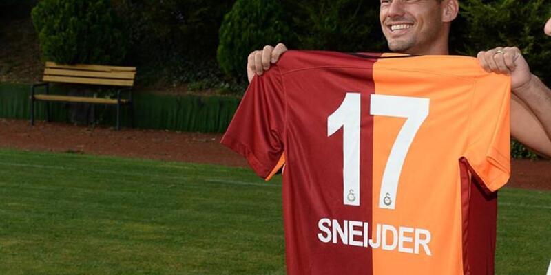 Sneijder imzaya kaldı