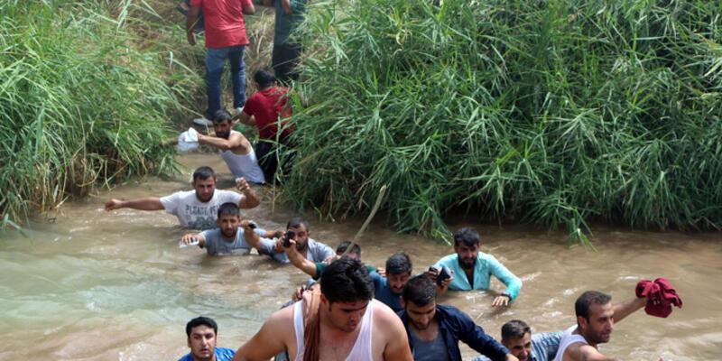 Jandarma Silopi'de sınırı yüzerek geçen şoförlere ateş açtı: 4 yaralı