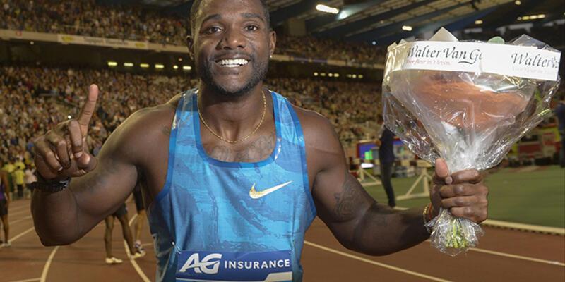 100 metrede Justin Gatlin kazandı