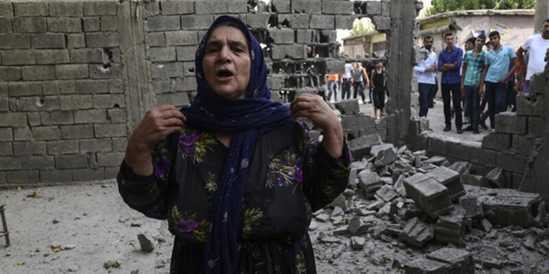"""AB Bakanı Konca: """"Cizre'de 20'yi aşkın ölü var"""""""
