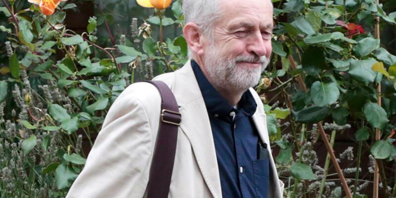 Corbyn zaferini Türk lokantasında kutladı