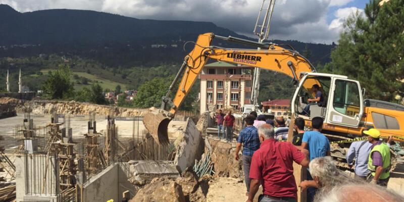 Hastane inşaatında göçük: 1 ölü