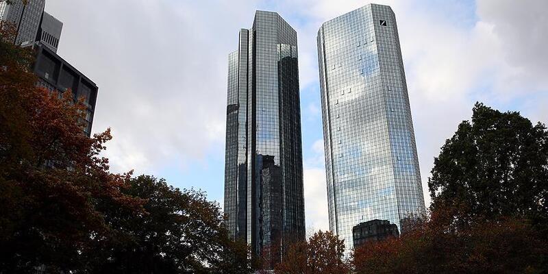 """Deutsche Bank Rusya'daki """"faaliyetlerine"""" son verecek"""