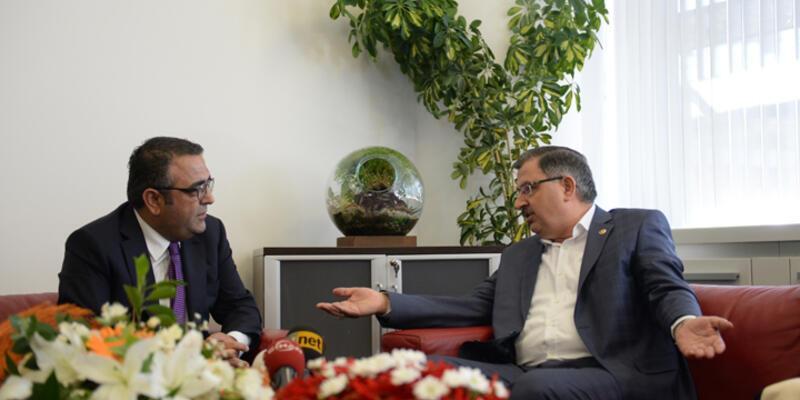 """AKP-CHP bayramlaşmasında """"haydi bismillah"""" polemiği"""