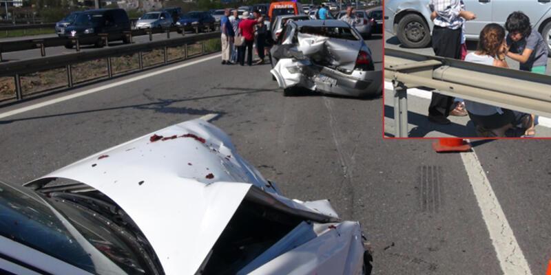 İstanbul TEM Otoyolu'nda zincirleme trafik kazası