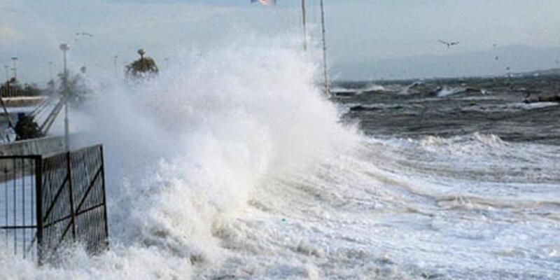 """Meteoroloji'den Karadeniz için """"tam fırtına"""" uyarısı!"""
