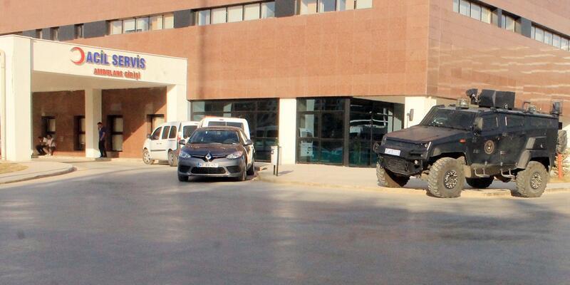 Mardin'de PKK, lojmana saldırdı: 1 komiser yaralı