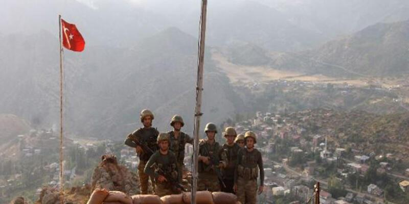 Beytüşşebap'ta askerlerin o fotoğrafları gün yüzüne çıktı