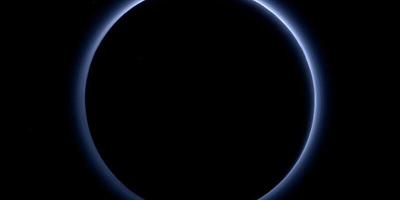 Pluton'daki büyük keşif açıklandı!