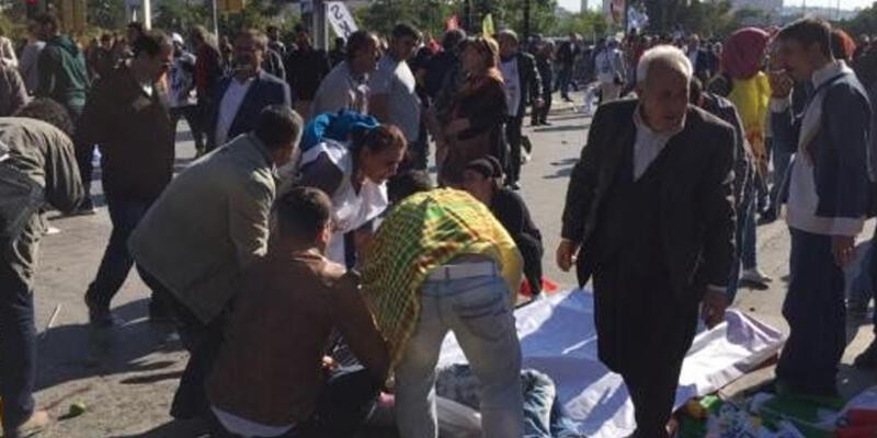 """Ankara'da """"Barış Mitingi""""nde patlama"""