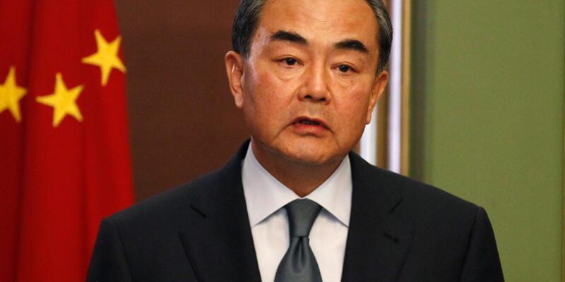 Çin Dışişleri Bakanı Pekin'de Esad'ın danışmanıyla görüştü
