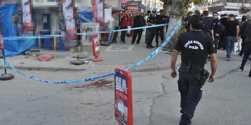 Osmanlı Ocakları başkanının karıştığı satırlı kavgada 2 kişi yaralandı