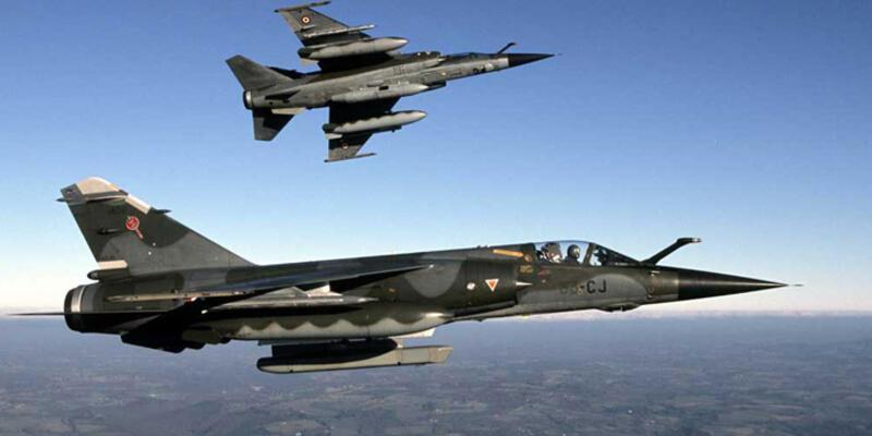 """ABD-Rusya uçaklarından """"iletişim testi"""""""