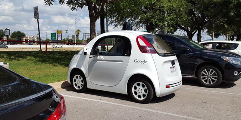 Google'ın sürücüsüz aracına az kaldı