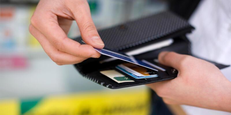 Kredi kartıyla alışveriş 40 milyar lirayı geçti
