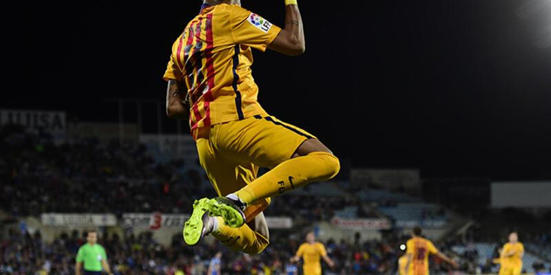 Barcelona 3 puanı 2 golle aldı