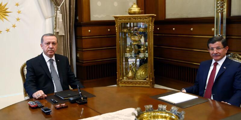 Erdoğan ile Davutoğlu seçimlerin ardından ilk kez biraraya geldi