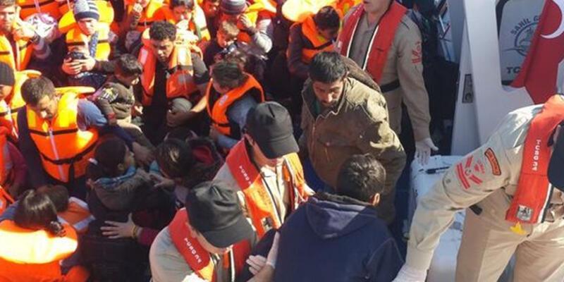 Sığınmacıların lastik botu alabora oldu
