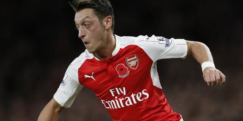 Mesut Özil Premier Lig tarihine geçti